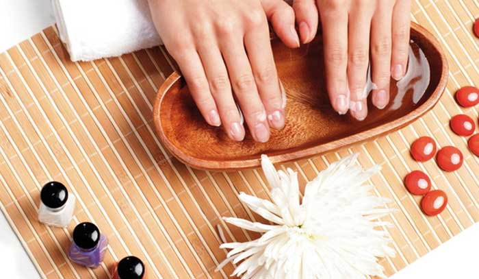 What are the Various Essential Ingredients that are Required for Doing the Manicure at Home