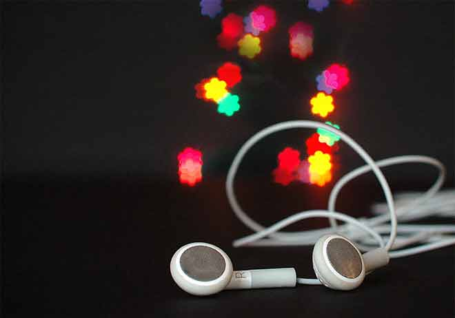 How to Connect Bluetooth Earbuds to Pc