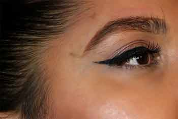 Is there any pain issues with eyebrows